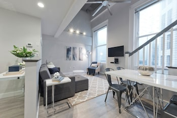 Loft Style 2BR in Downtown Crossing by Sonder
