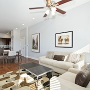 Posh 2BR in River West by Sonder