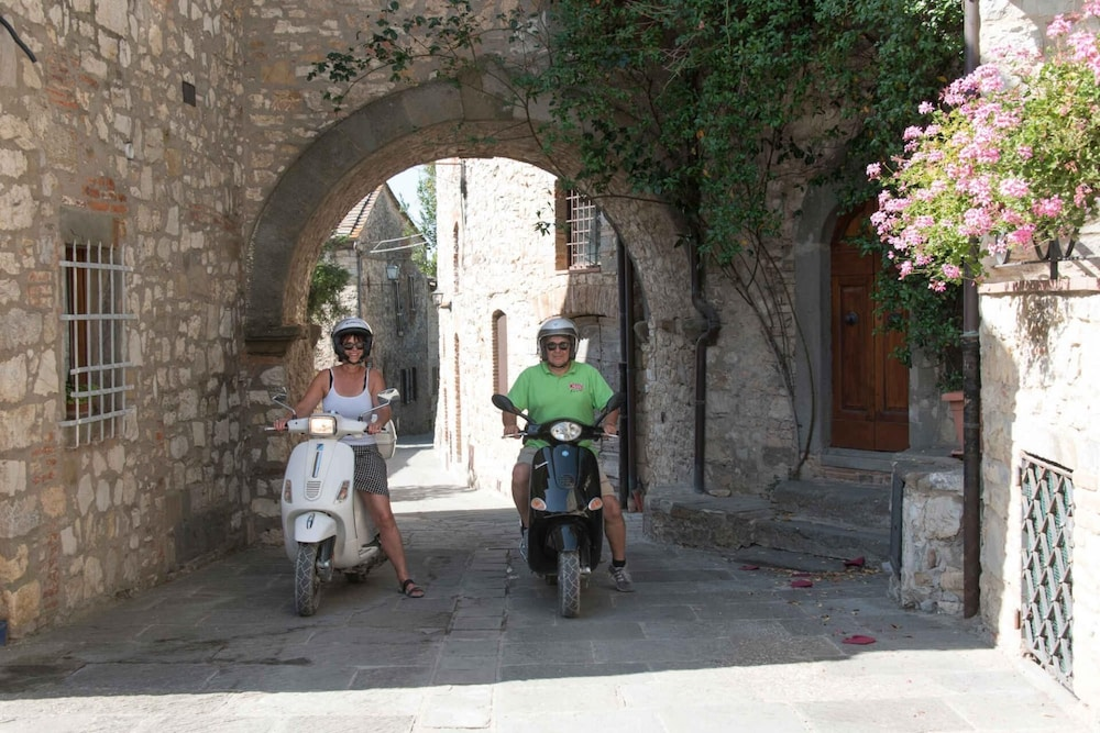 Scooter/Moped, Glamping Village Orlando in Chianti