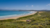 Cloudy Bay Cabin - South Bruny Hotels