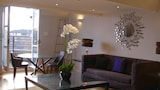 Lux Living Apartments - Marino Place - Cambridge Hotels