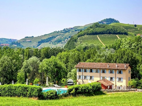 In the Heart of the Langhe Wine Region, Apartments in a Restored Farm With Pool