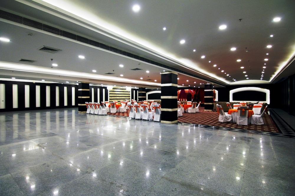 hotel corporate bari brahmana jammu india - photo#18