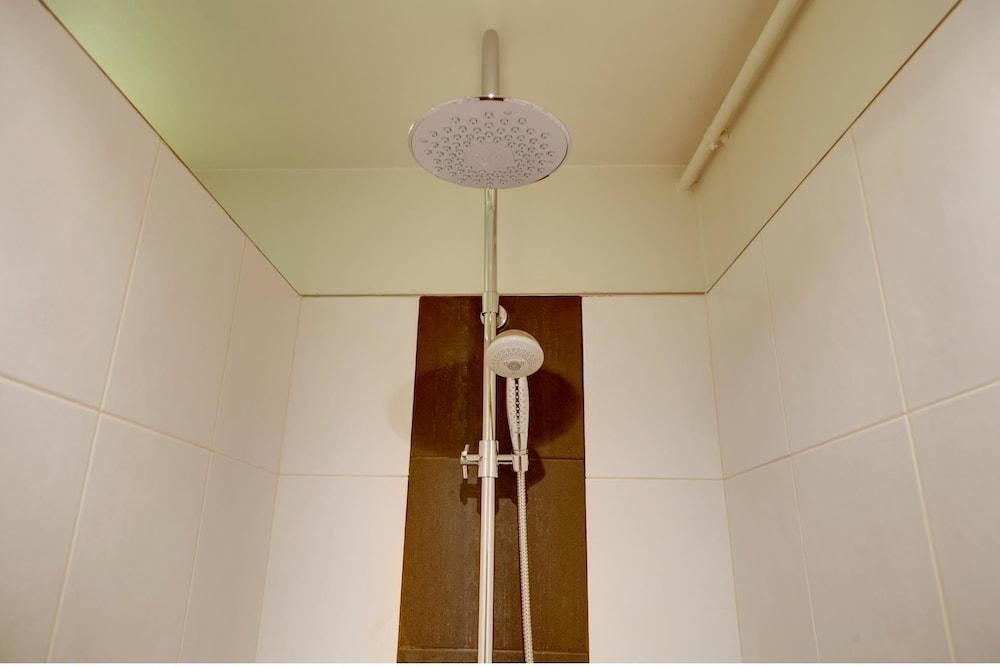 europea beauregard paris room prices reviews travelocity. Black Bedroom Furniture Sets. Home Design Ideas