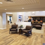 Hampton Inn & Suites Pittsburg/Kansas Crossing