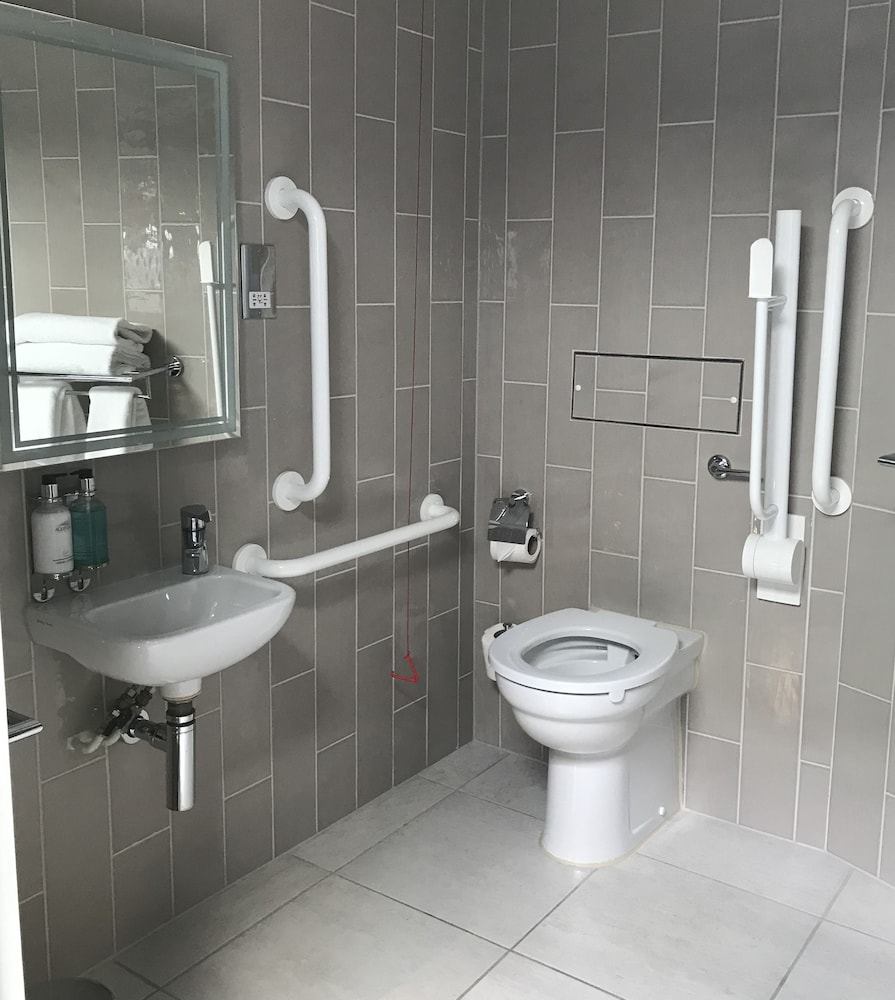 Bathroom, Best Western Plus Vauxhall Hotel