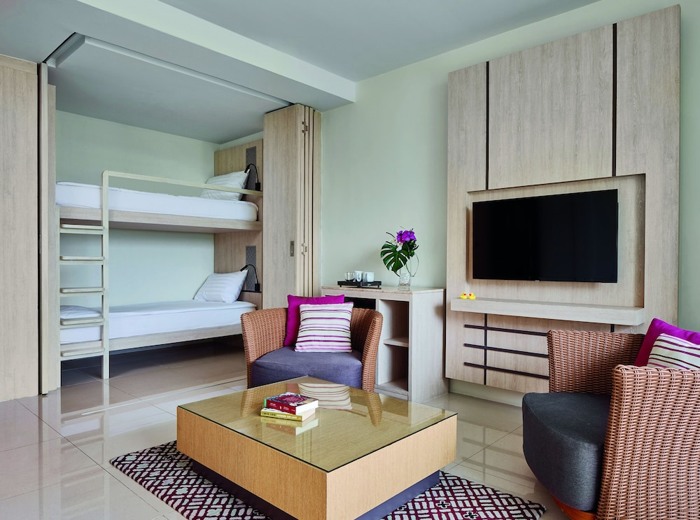 Room, Splash Beach Resort, Mai Khao, Phuket