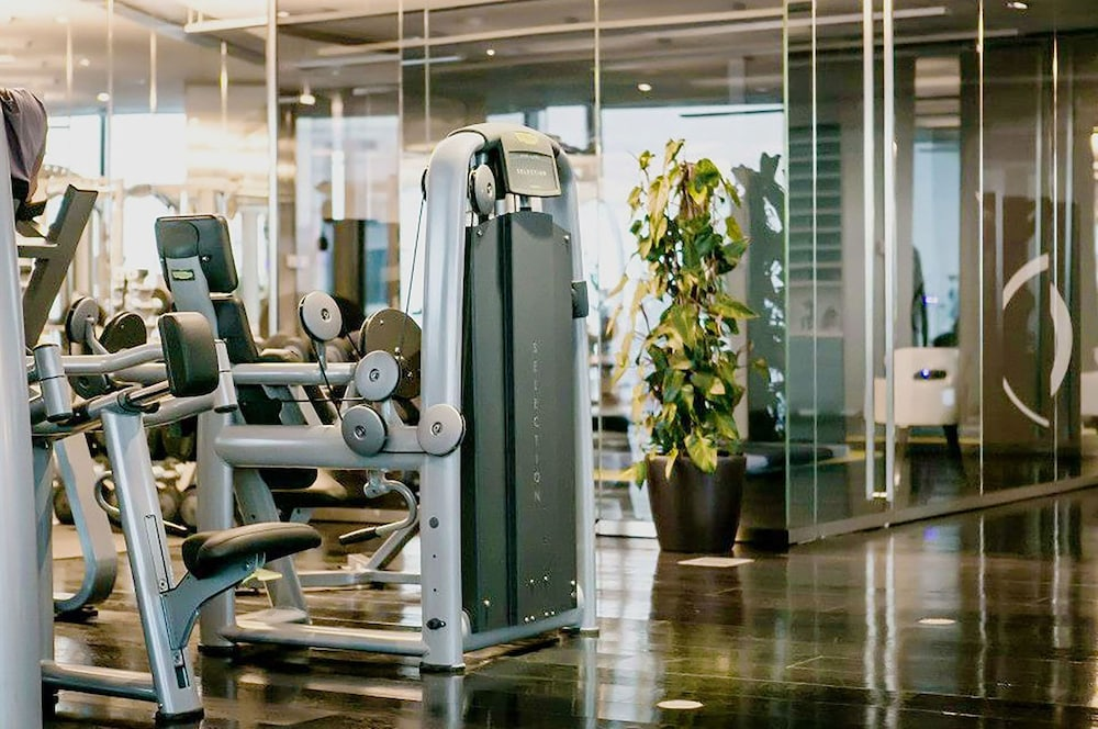 Gym, Sky Apartments Rentals Service