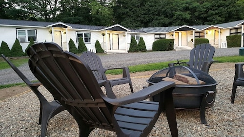 Check Expedia for Availability of Starlight Lodge at Rockport Harbor