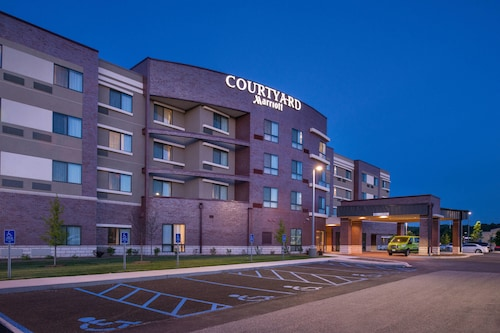 Great Place to stay Courtyard by Marriott St. Louis Chesterfield near Chesterfield