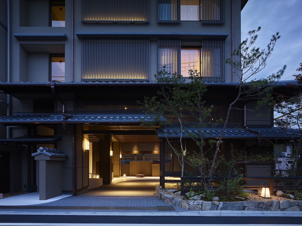 Front of Property - Evening/Night, HOTEL THE CELESTINE KYOTO GION