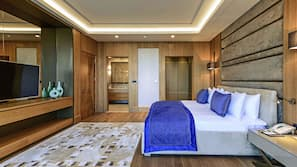1 bedroom, down duvets, minibar, in-room safe