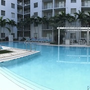 LYX Suites at Pearl Dadeland in Kendall