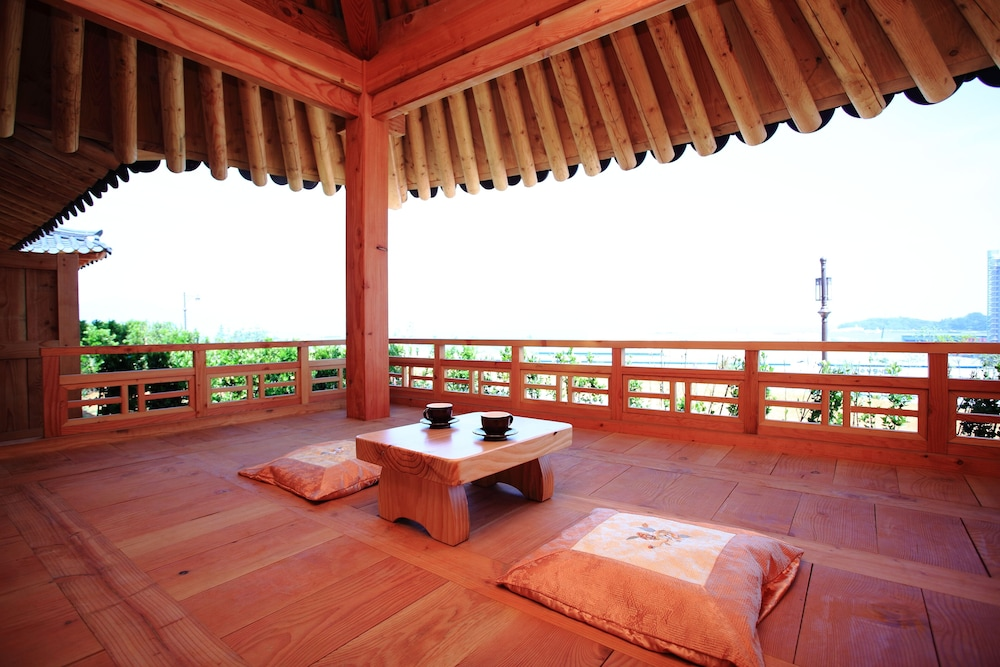 Terrace/Patio, Hanok Hotel Odongjae