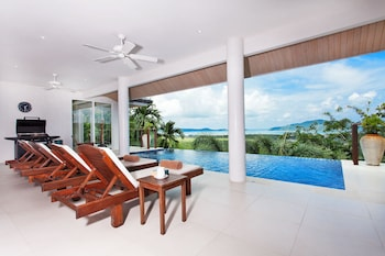 Villa Alangkarn Andaman 5 Bed Infinity Pool with Incredible View