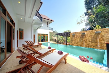 Patong Hill Estate Seven 7 Bed Ultra Luxury Pool Villa
