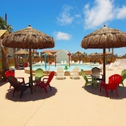 Nemo Cay Resort D144 Poolside by RedAwning