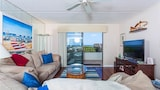 Windjammer 110 by RedAwning - St. Augustine Hotels