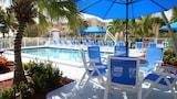 Sea Spray Inn - Lauderdale-by-the-Sea Hotels