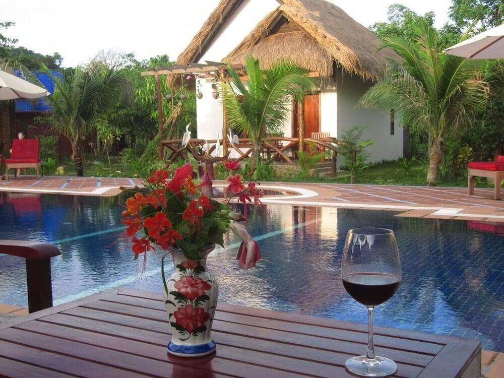 Garden View Featured Image