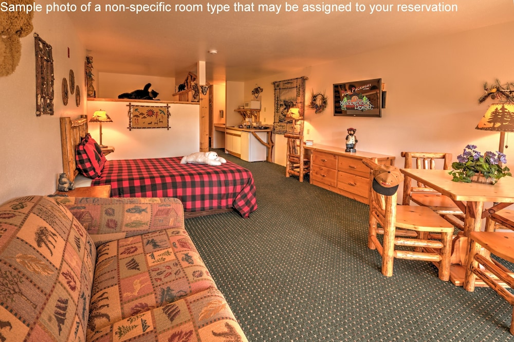 Room, Meadowbrook Resort