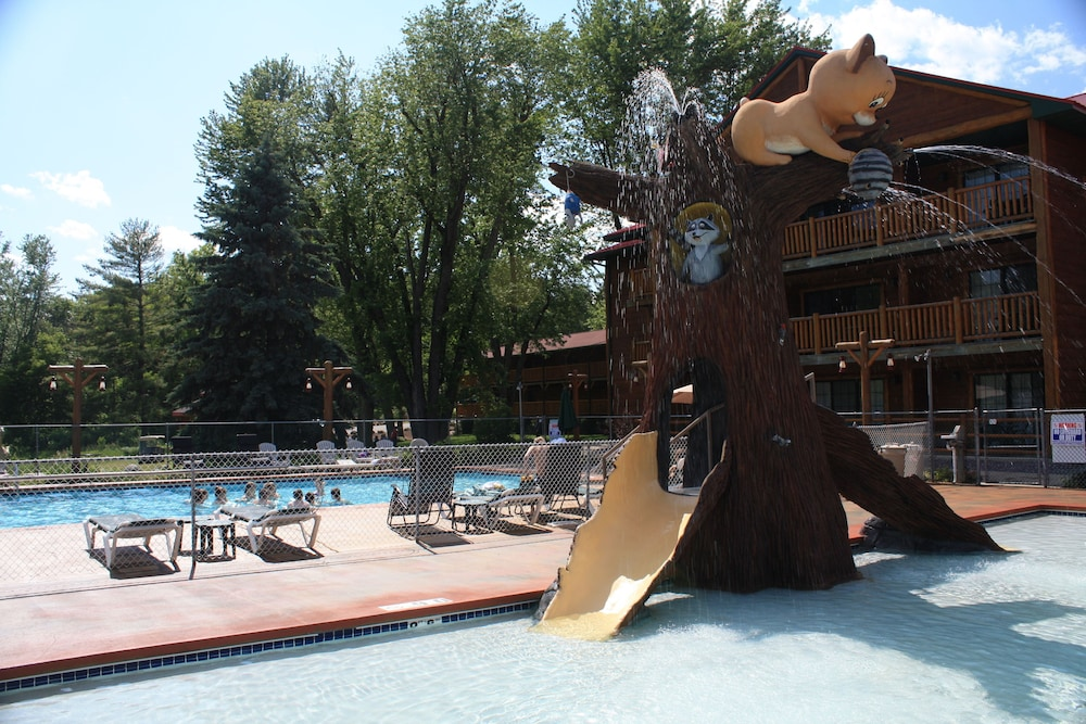 Waterslide, Meadowbrook Resort