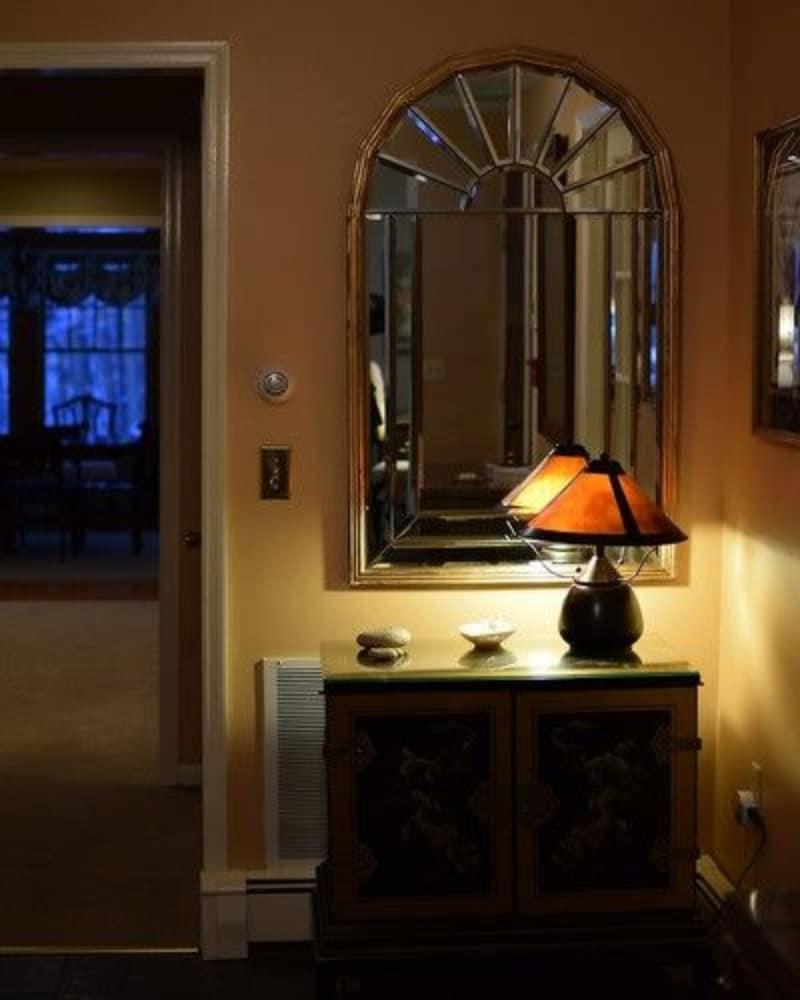 Journey Inn Bed & Breakfast, Poughkeepsie - Room Prices & Reviews ...