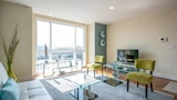 Executive Living in Modern SOMA by RedAwning - San Francisco Hotels