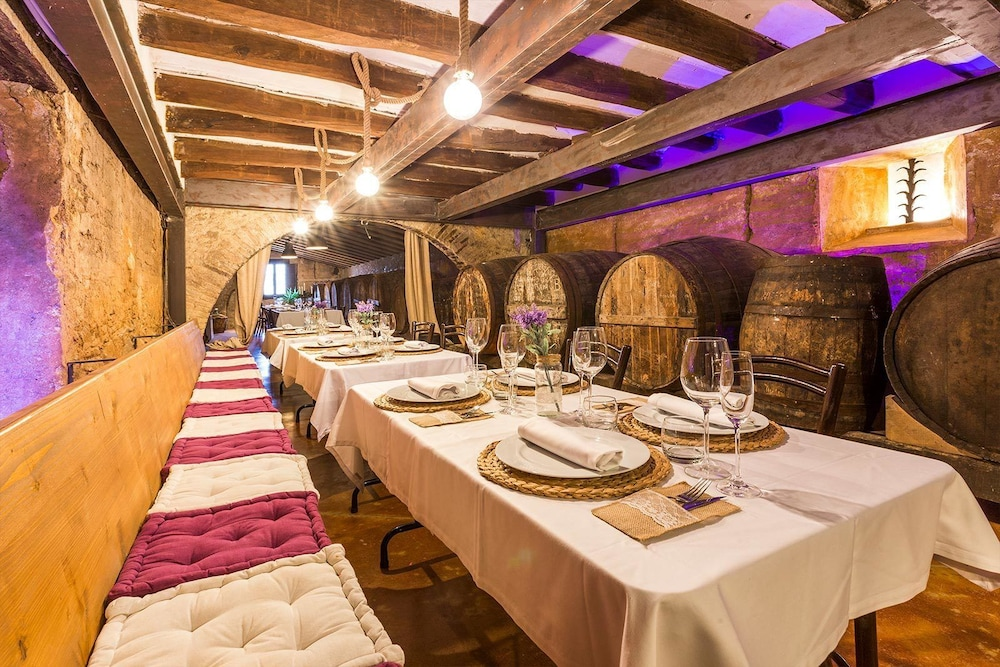 Restaurant, Masia Can Canyes & Spa