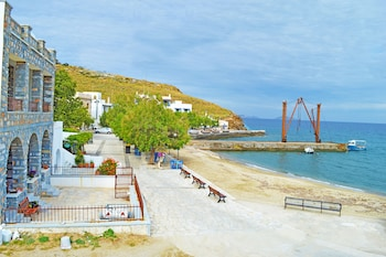 Moutsouna Beach 1