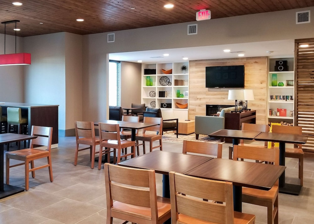 Breakfast Area, Country Inn & Suites by Radisson, New Braunfels, TX