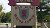 Red Lion Motor Lodge - Suttons Bay Hotels