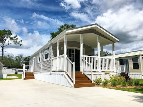 Check Expedia for Availability of Red Oaks RV Resort