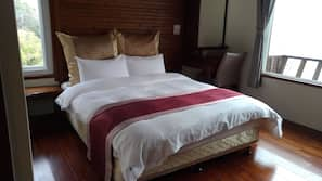 Down duvets, individually furnished, blackout curtains, cots/infant beds