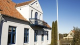 Pension Lindesdal - Allinge Hotels