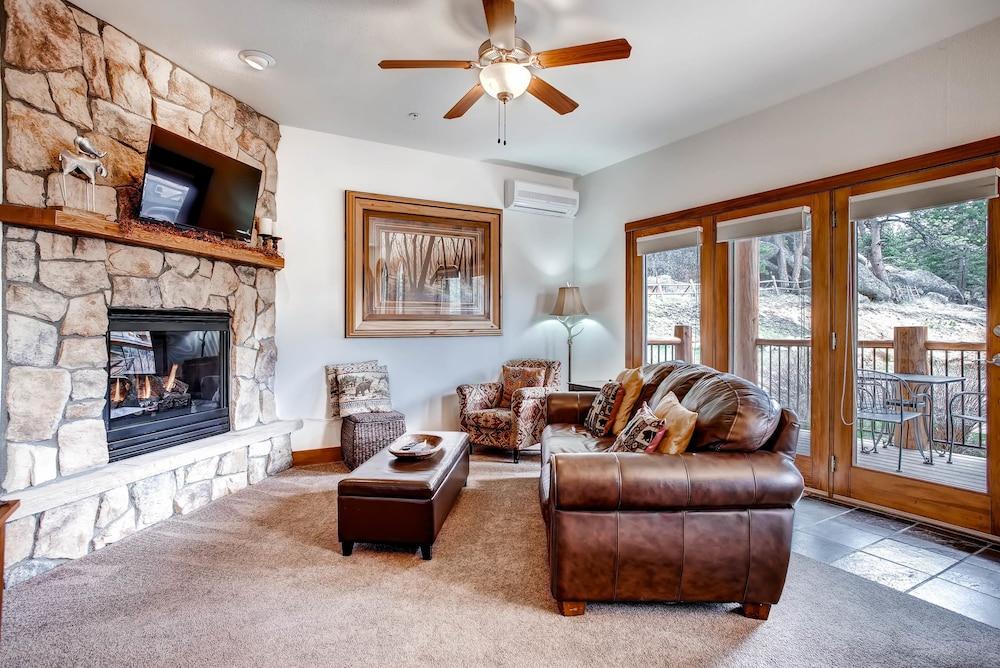 F04 Estes Park Condo Rentals Near Rocky Mountain National By