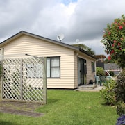 Our Beach House - Raglan West