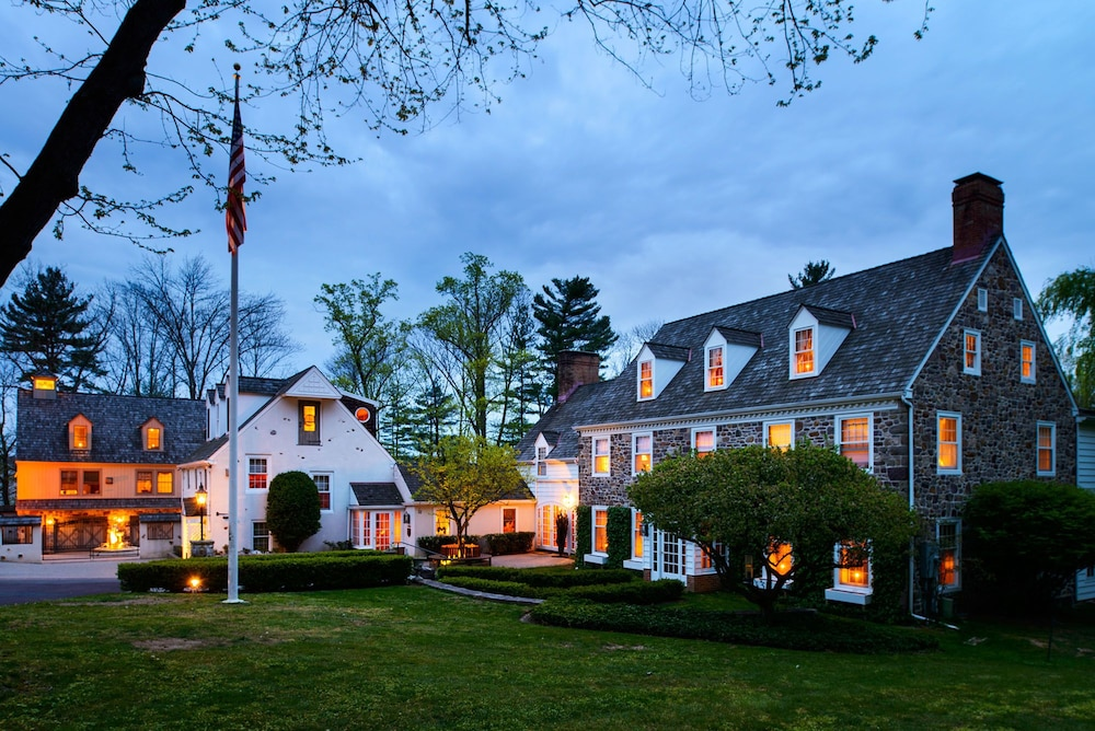 Front of Property, The Inn at Bowman's Hill