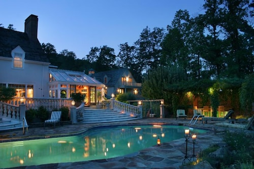 Outdoor Pool, The Inn at Bowman's Hill