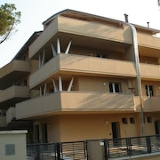 La Settima Apartments