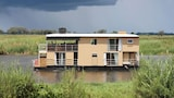 Delta Belle Boathouse - Shakawe Hotels