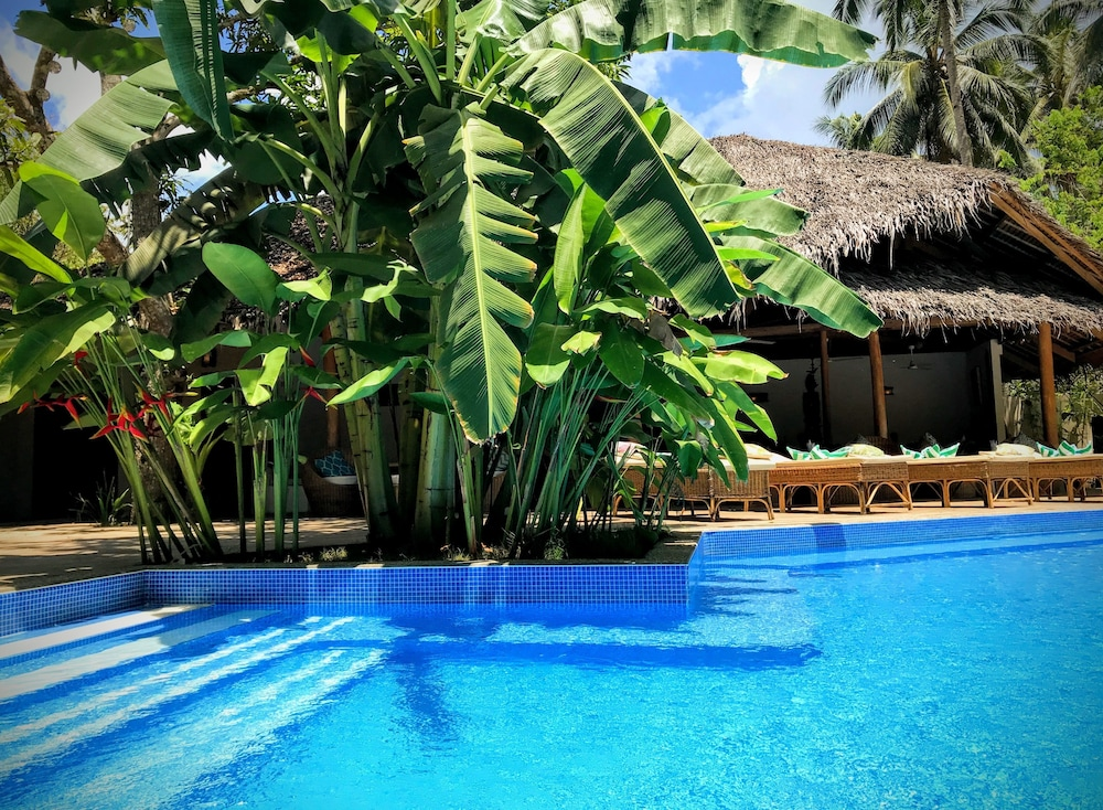 Outdoor Pool, El Nido Coco Resort