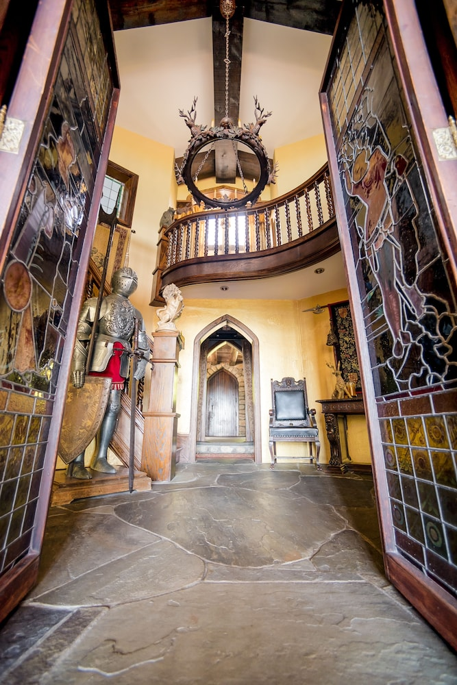 Interior Entrance, Highlands Castle