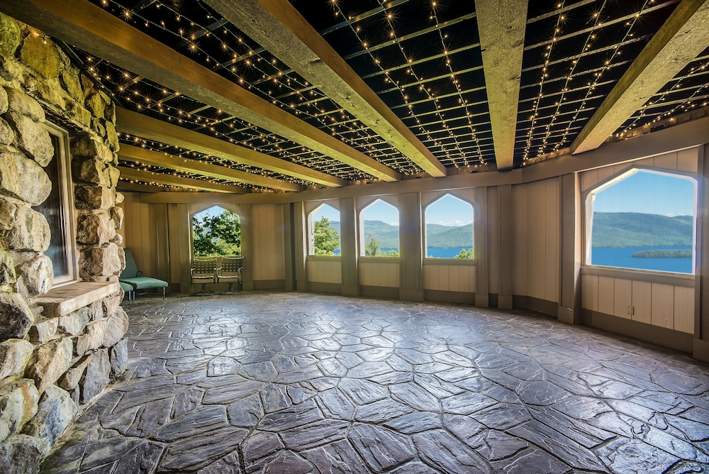 Terrace/Patio, Highlands Castle