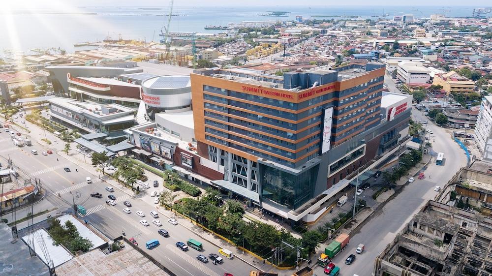 Summit Galleria Cebu In Cebu Hotel Rates Amp Reviews On Orbitz