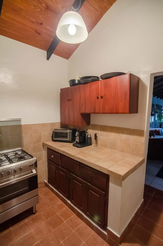 Private Kitchenette, Plaza Colonial Penthouse