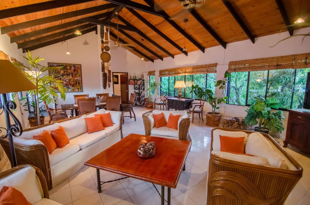 Featured Image, Plaza Colonial Penthouse