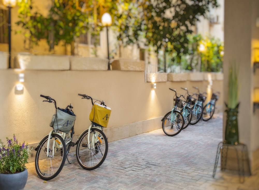 Bicycling, A23 Boutique Hotel