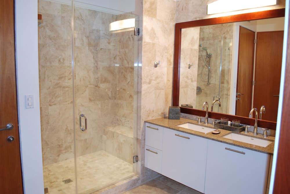 Bathroom, VPR Apartments- Ocean Villas at Rio Mar