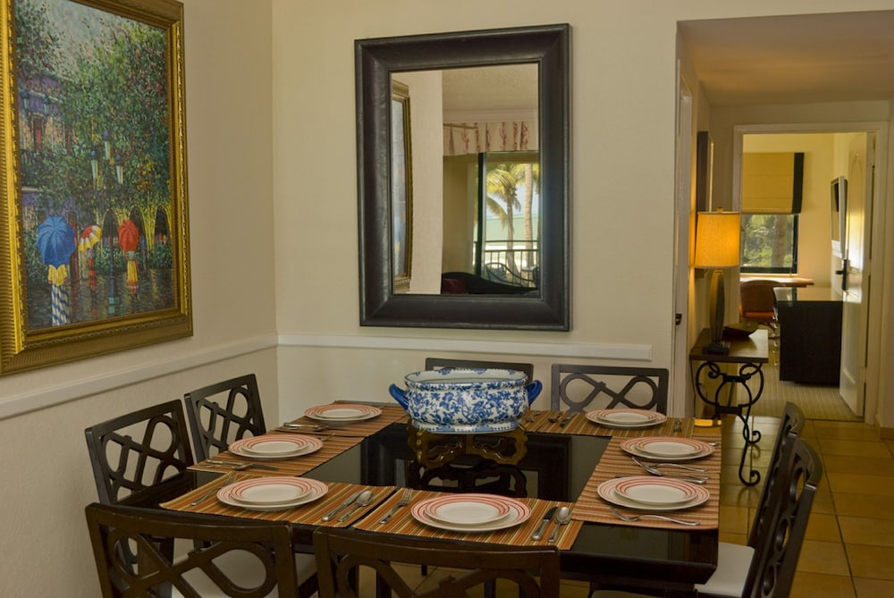 In-Room Dining, VPR Apartments- Ocean Villas at Rio Mar